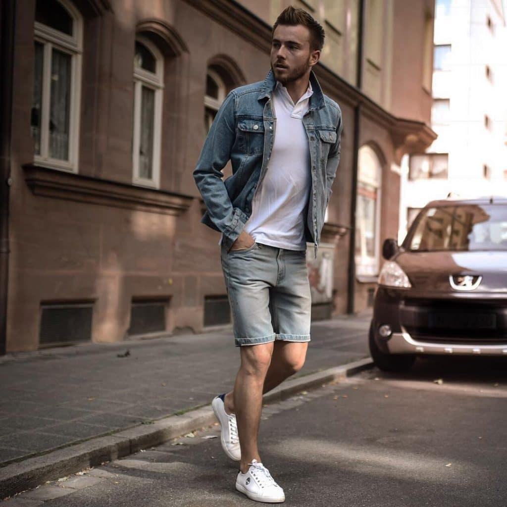Denim jacket, white polo shirt, short jeans and white sneaker