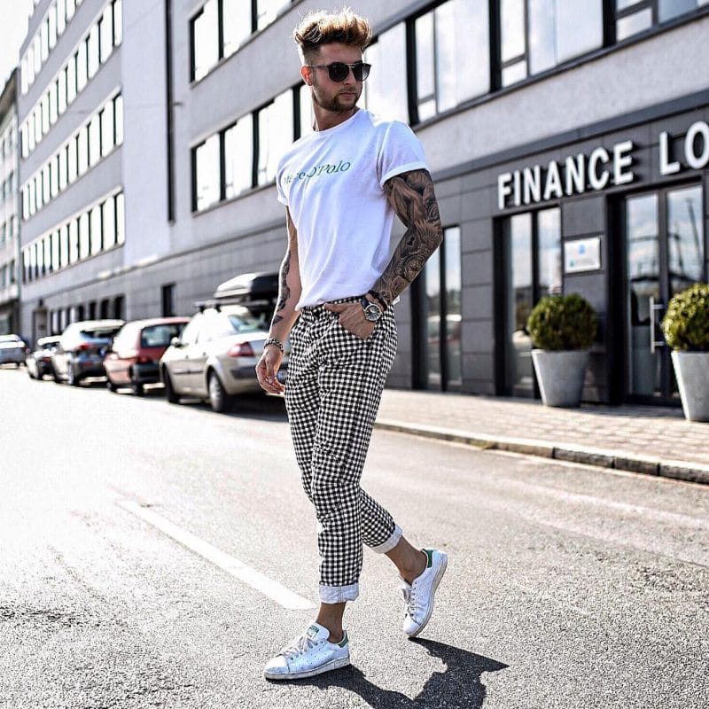 White tee, checked pants, and white sneaker