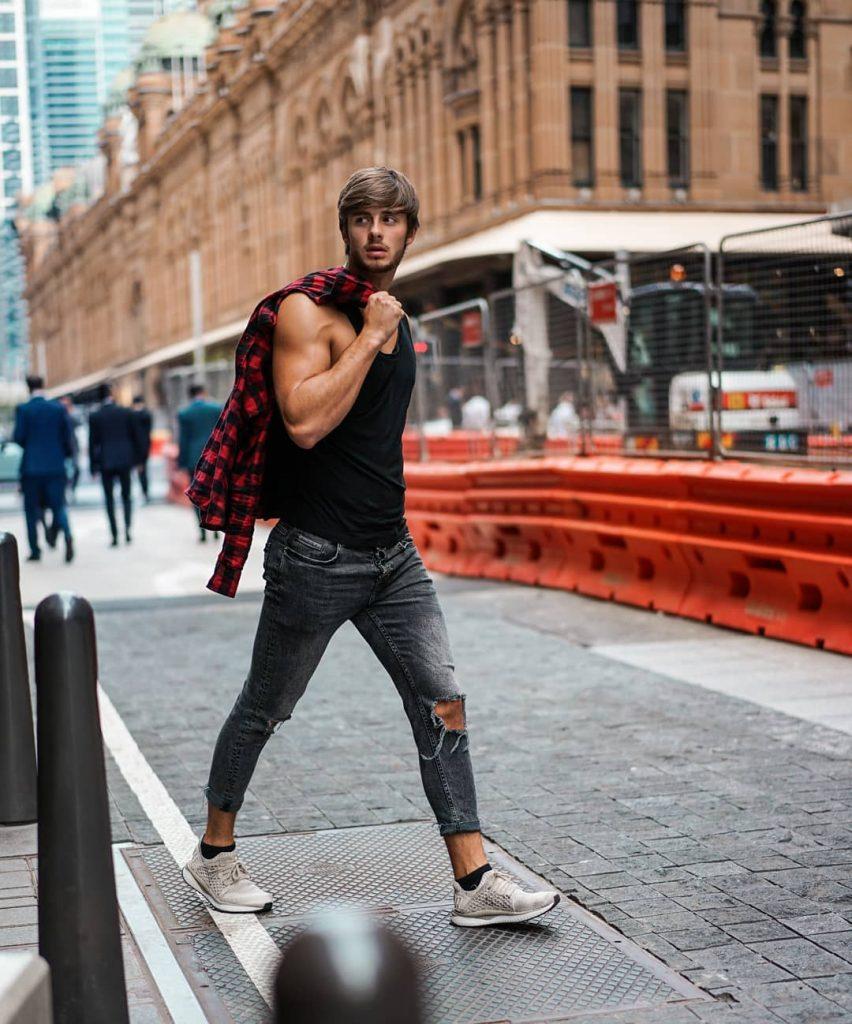 Street wear, shirt, singlet, jeans, sneaker