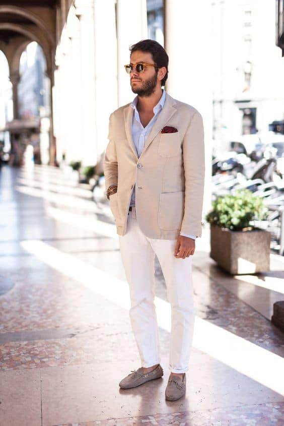 White shirt, beige blazer, white trousers, boat shoes