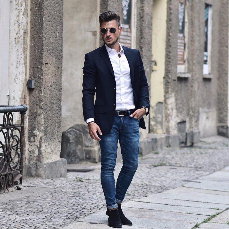 White shirt, blazer, jeans, belt, suede Chelsea boots 1