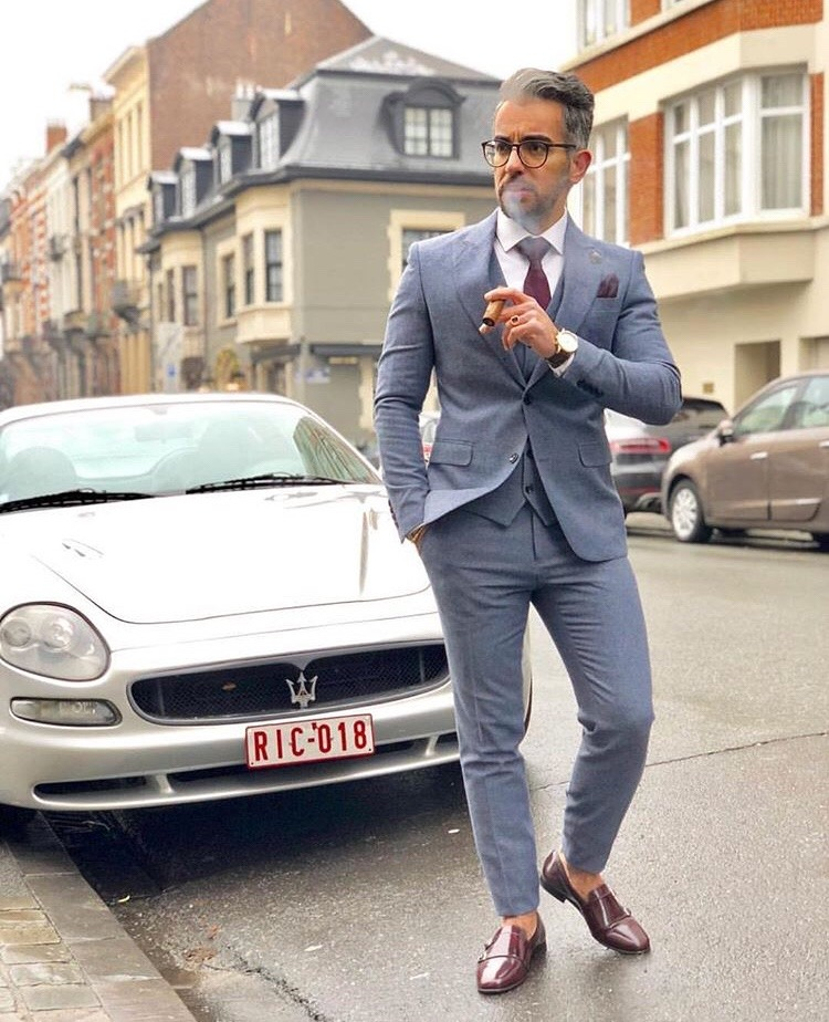 Dashing Formal Outfit Ideas for Stylish Men 25