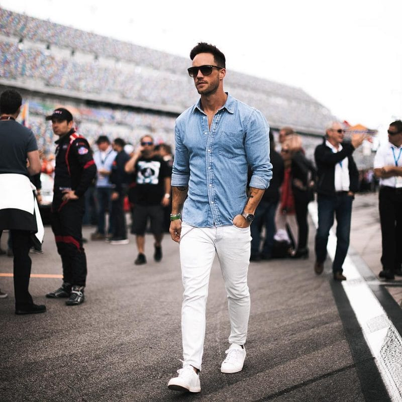 Denim shirt, white jeans, white sneaker and sunglasses