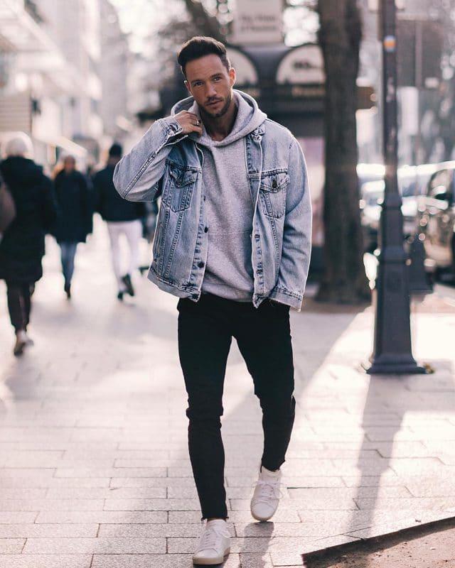 Hoodie sweatshirt, denim jacket, black jeans and sneaker