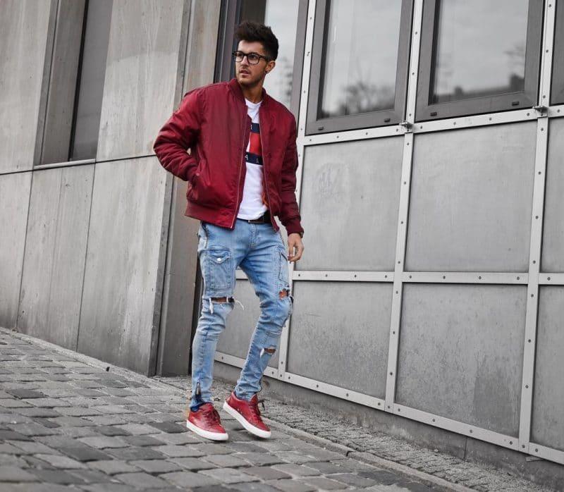 Bomber jacket, tee, jeans, sneaker