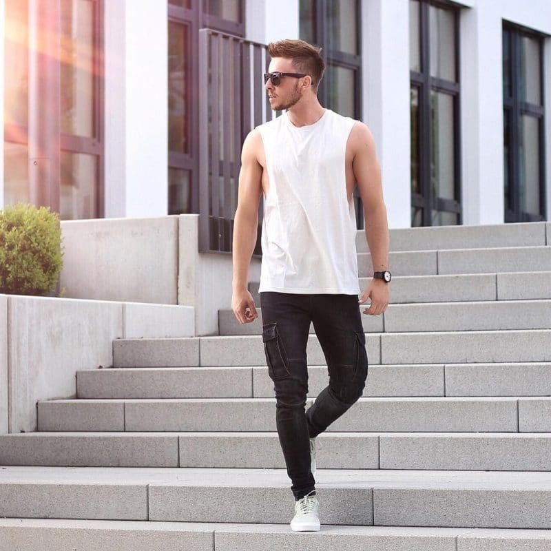 White tank top, jogger pants and sneaker