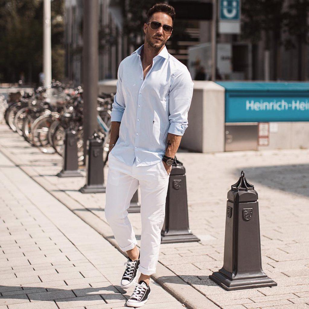 Shirt, chinos pants, sneaker