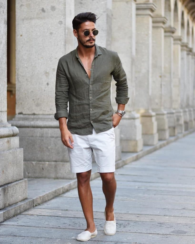 Shirt, short pants, espadrilles