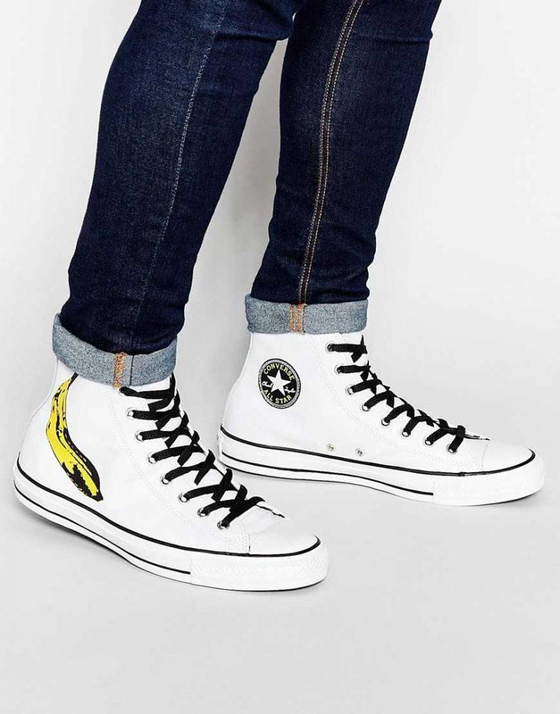 White converse canvas shoes