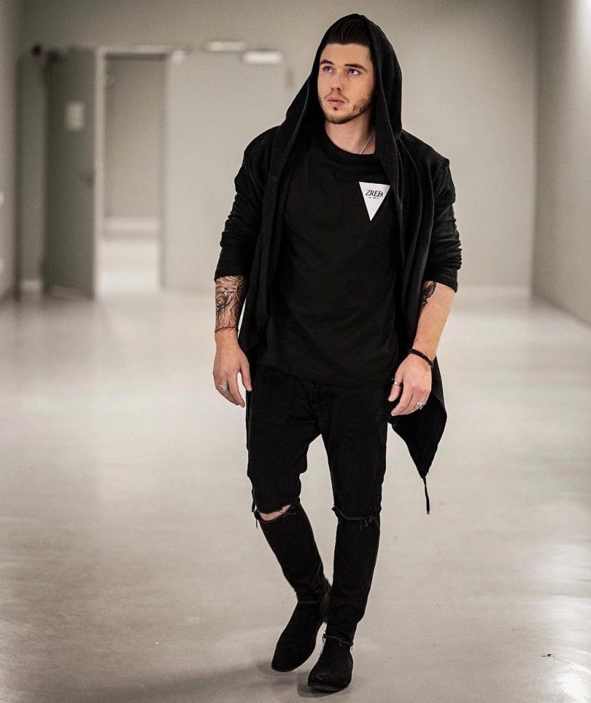 Black hooded jacket, tee, jeans, sneaker