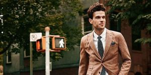 Fashion guidelines of styling a men blazer feature