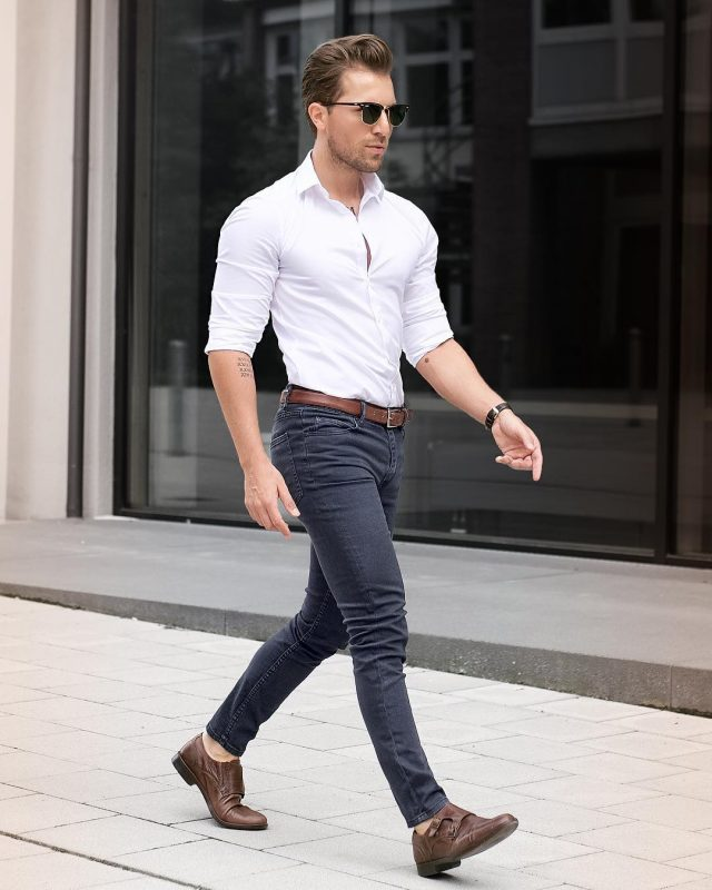 White shirt (rolled up the sleeves), dark jeans, brown belt and brown monk strap shoes