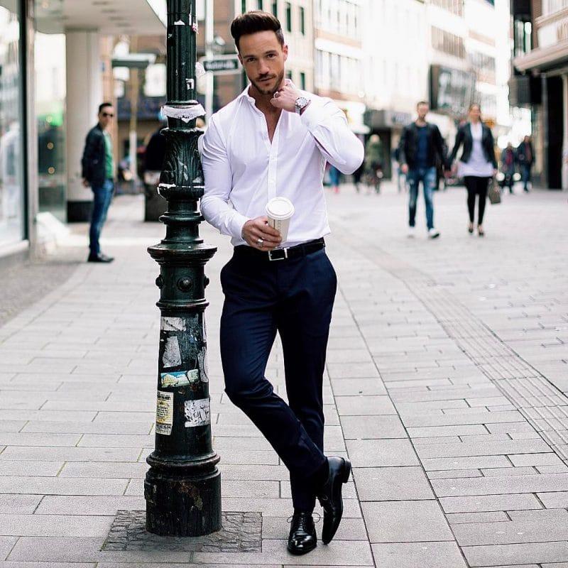 White shirt, dark blue dress pants, belt and derby dress shoes