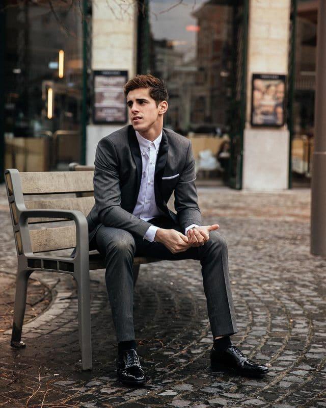 Oxford white shirts, dark gray suit, and oxford leather shoes