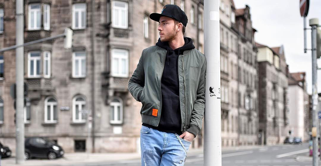 35 Ways to Style A Bomber Jacket on Facebook 1