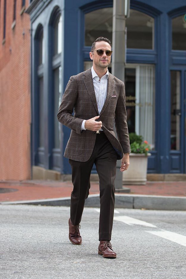 The rebellious conservative - brown checked blazer, white pinstripe shirt, dress pants, brown leather shoes 1