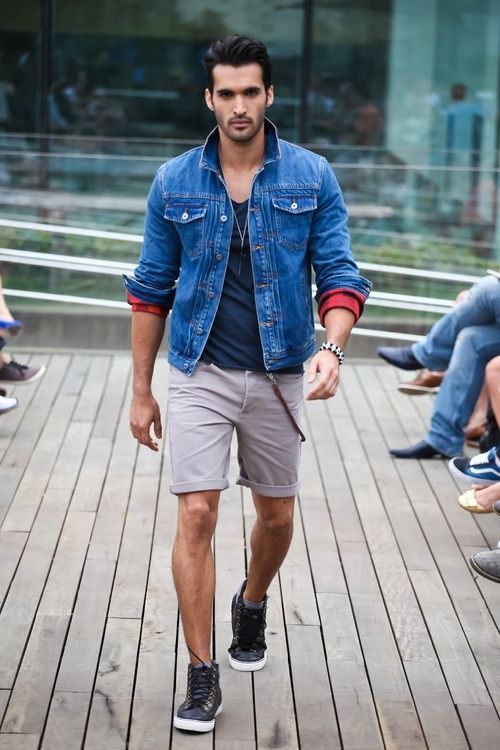 Blue singlet, blue denim jacket, gray short pants, black sneaker