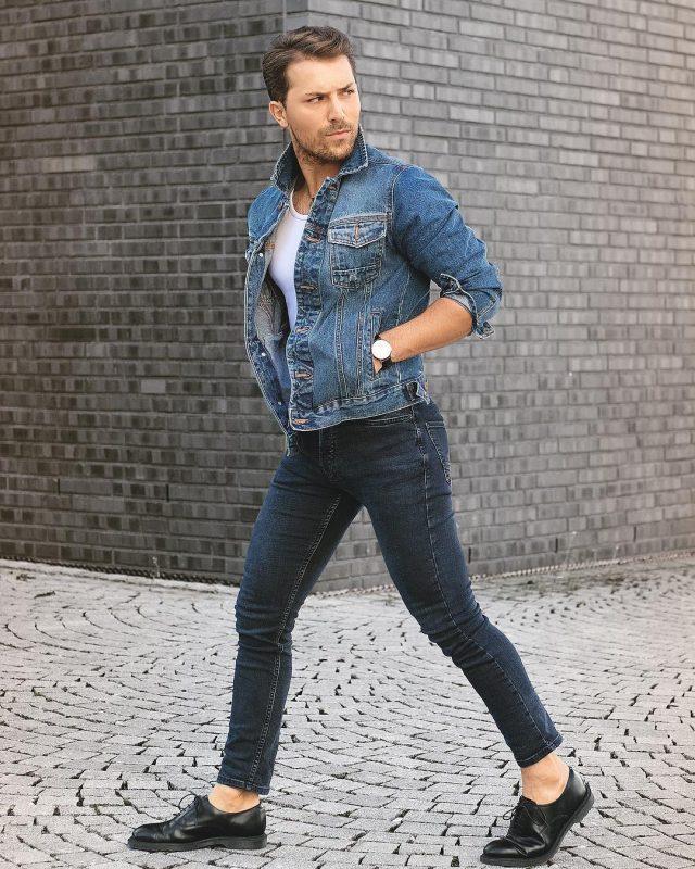 White singlet, blue denim jacket, blue jeans, leather dress shoes