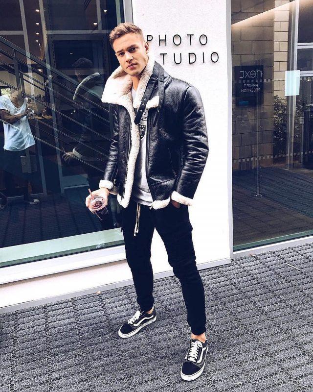 Shearling sheepskin coat, gray t-shirt, jogger pants, sneaker 1