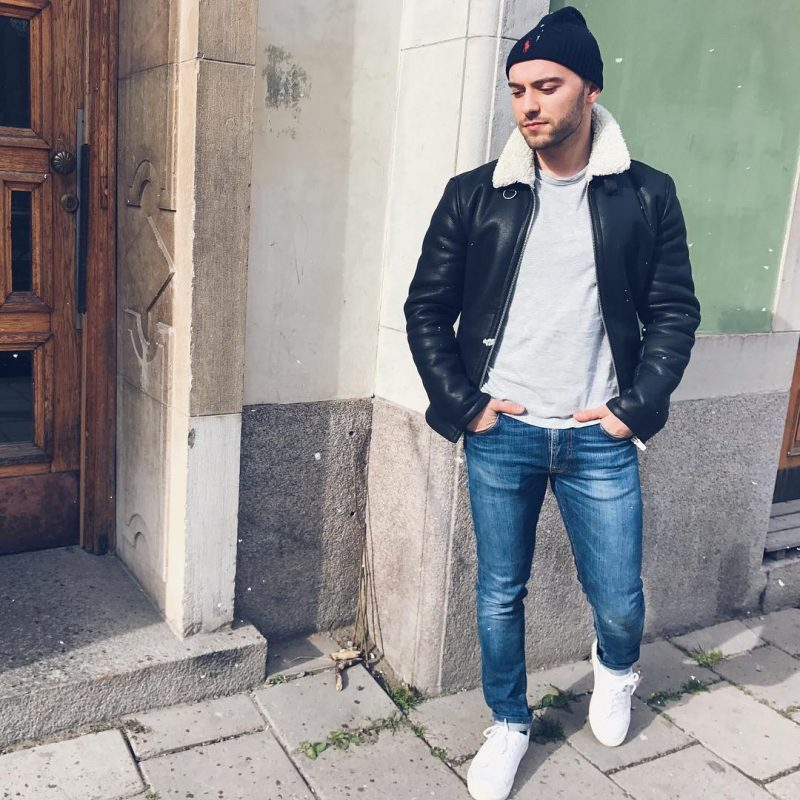 Shearling leather coat, gray t-shirt, jeans, white sneaker 1