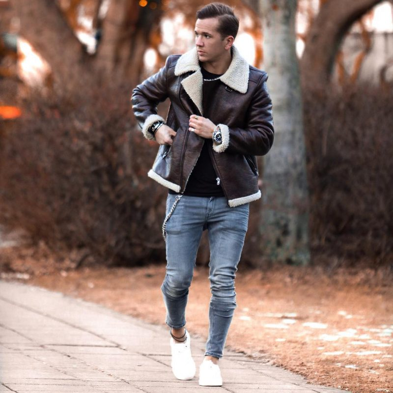 Brown shearling leather coat, black t-shirt, jeans, white sneaker 1