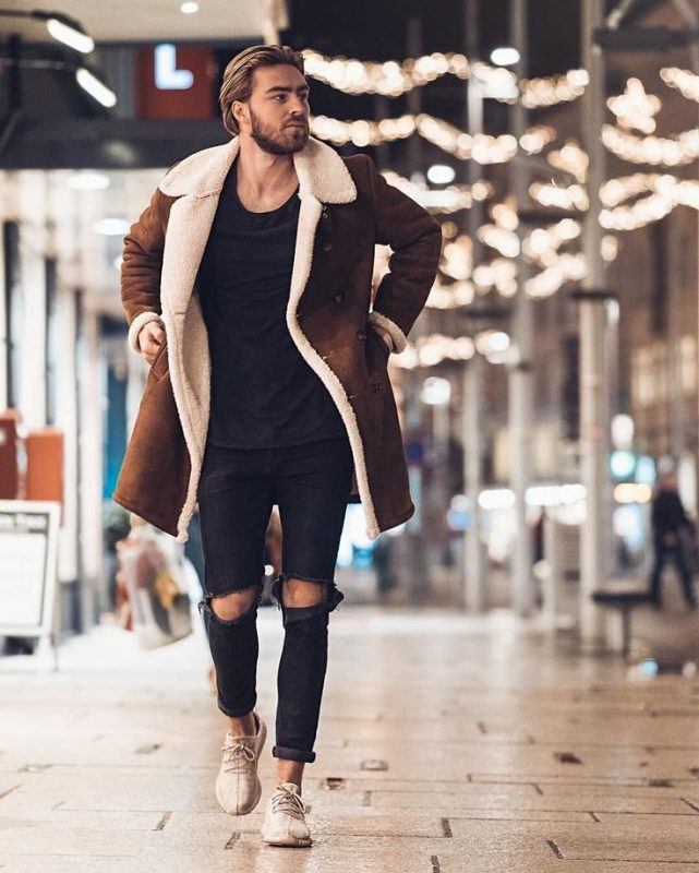 Brown suede shearling overcoat, black t-shirt, black jeans, white sneaker 1