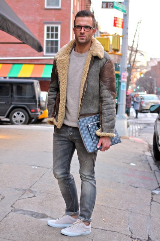 Sheepskin leather jacket, gray sweater, washed jeans, sneaker 1