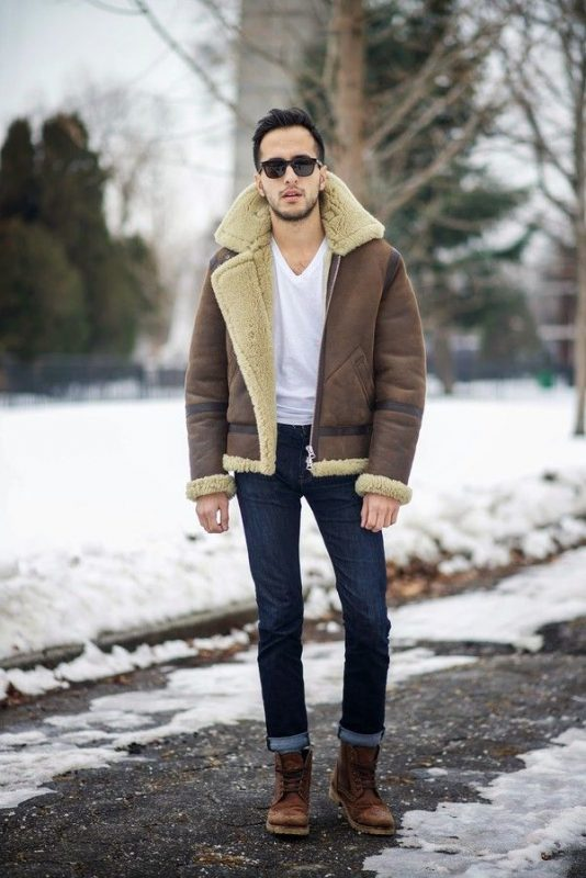 Distressed shearling jacket, v-neck-white t-shirt, jeans, winter boots 1