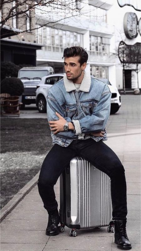 Denim shearling trucker jacket, gray t-shirt, black jeans, leather boots 1