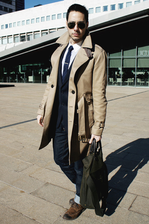 Tan trench coat, jeans, blazer, dress shirt, pilot sunglasses, brogue 1