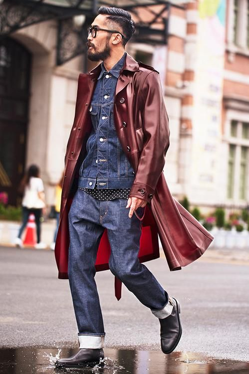 Burgundy trench coat, demin shirt, blue jeans, leather boots 1