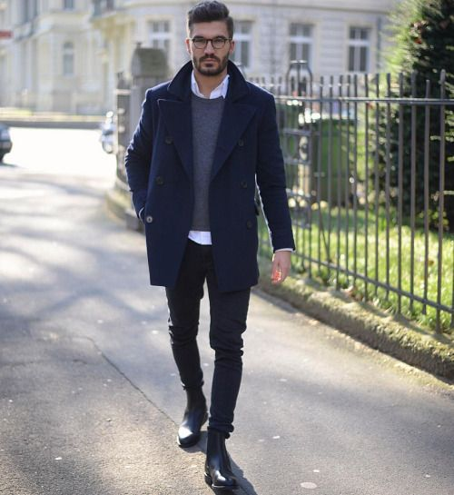 Navy peacoat, gray sweater, white shirt, black jeans 1