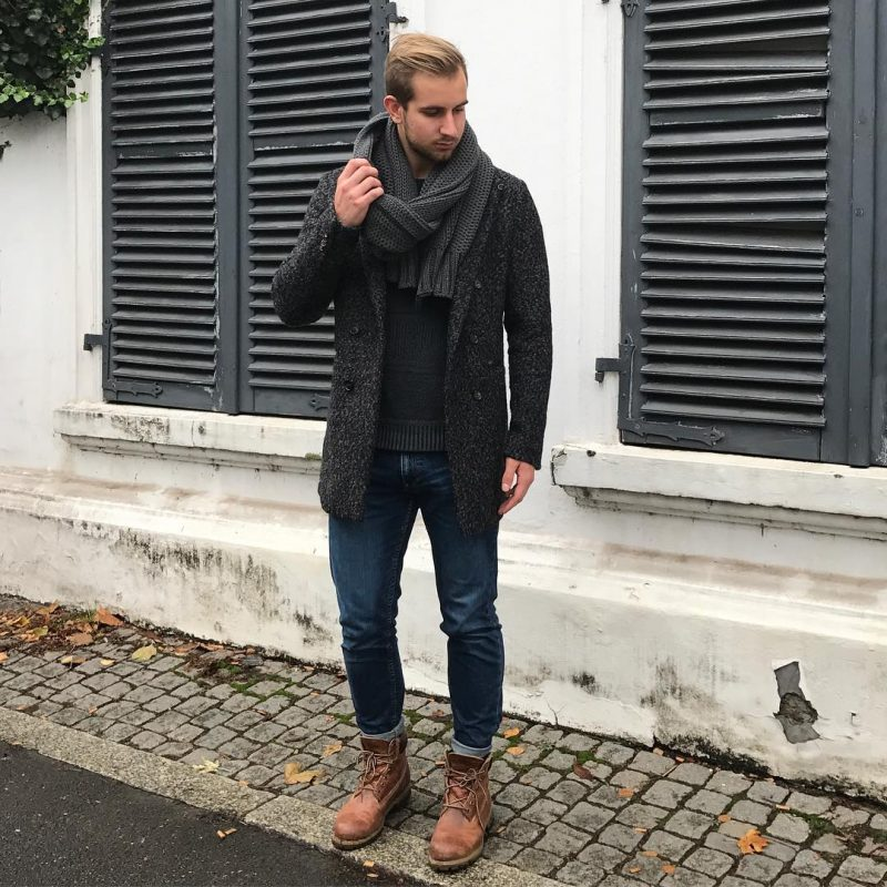 Gray knitted scarf, sweater, wool overcoat, jeans, leather boots 1