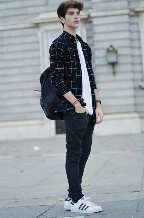 Black checked shirt, t-shirt white, black jeans, white sneaker 1