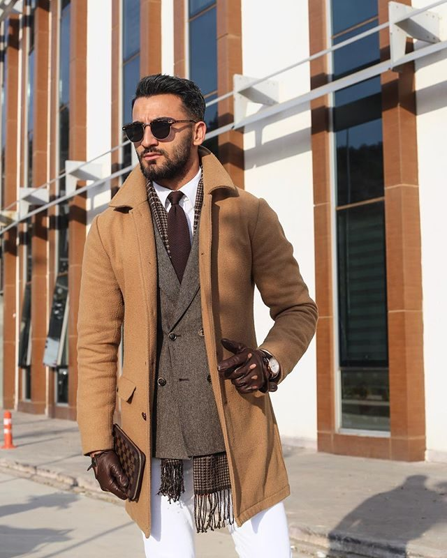 Camel overcoat, brown wool blazer, white shirt, brown leather gloves 1