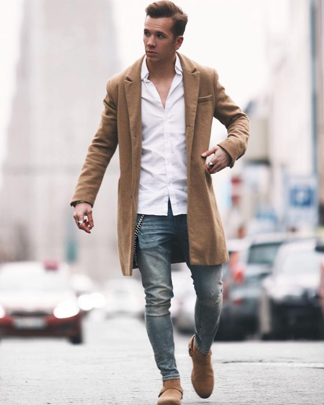 Camel overcoat, white shirt, blue jeans, suede shoes 1