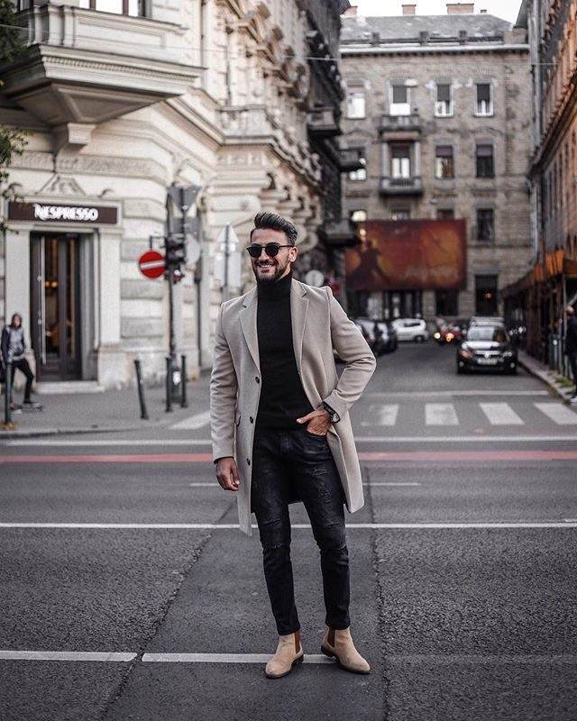 Light grey overcoat, black turtleneck t-shirt, black jeans 1