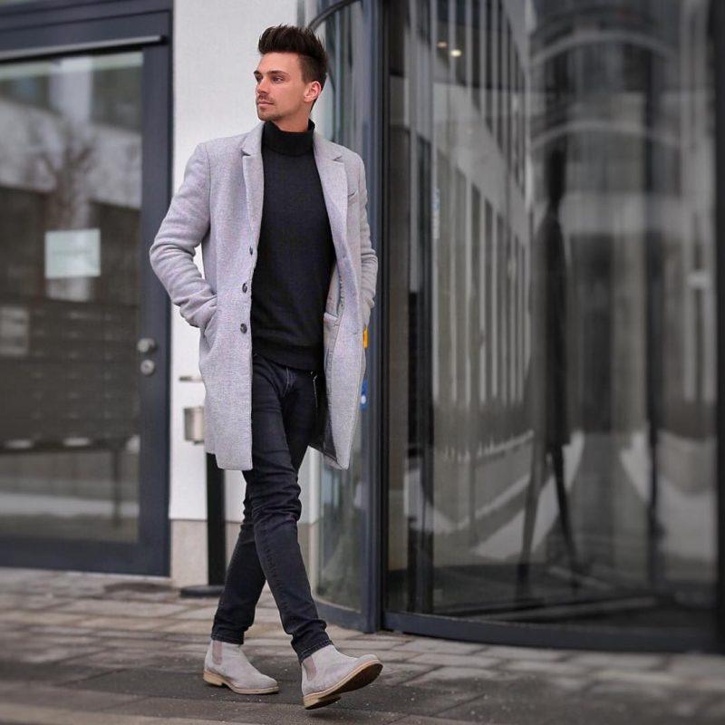 Grey overcoat, black turtleneck t-shirt, grey suede Chelsea boots 1