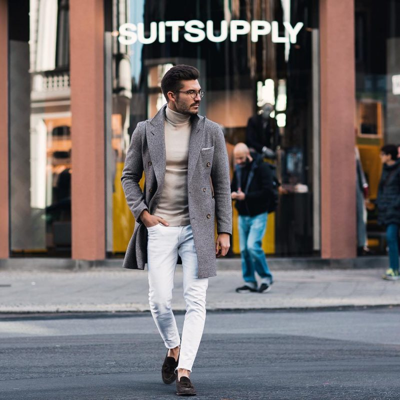 Grey overcoat, light tan turtleneck t-shirt, white jeans 1