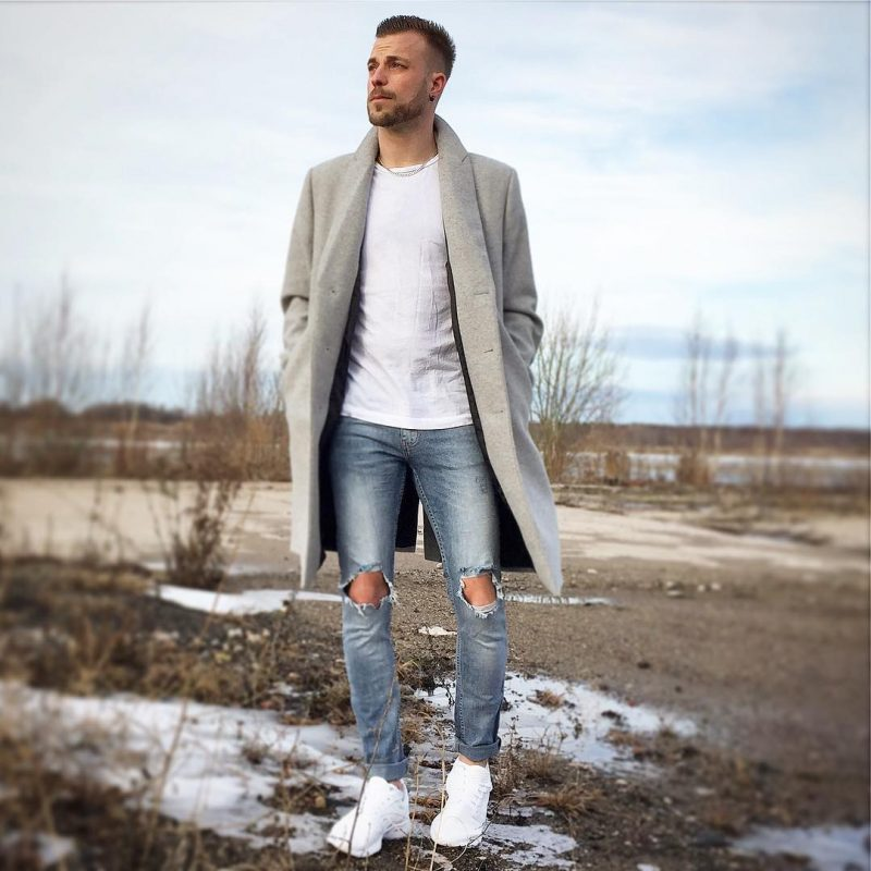 Grey overcoat, white t-shirt, blue ripped jeans, white sneaker 1