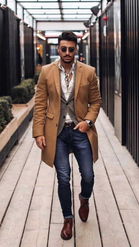 40 mens winter work outfit styles with winter boots. Brown overcoat, white shirt, scarf, blazer, leather chukka boots 1