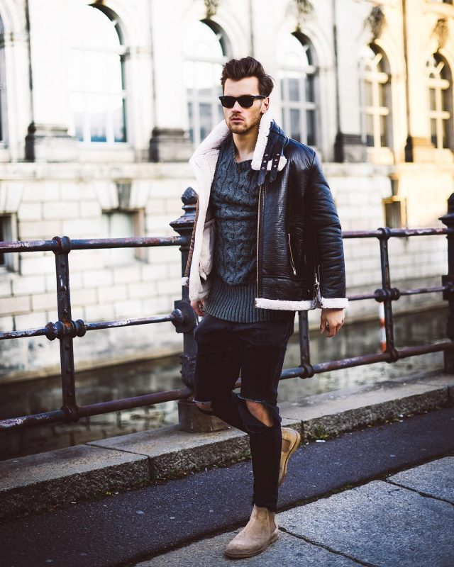 40 mens winter work outfit styles with winter boots. Tan suede Chelsea boots, leather shearling coat, sweater 1