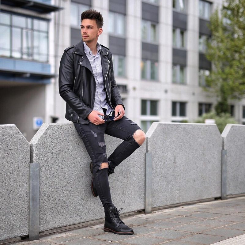 40 mens winter work outfit styles with winter boots. Leather plain toe boots, leather biker jacket, print shirt, black jeans 1