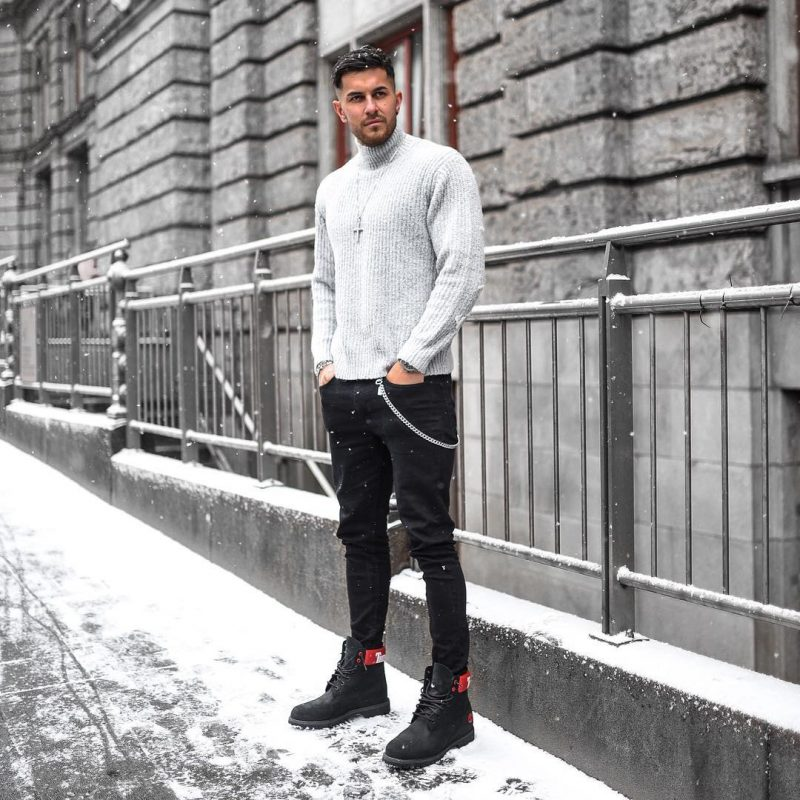 40 mens winter work outfit styles with winter boots. Work boots, turtleneck sweater, black jeans 1