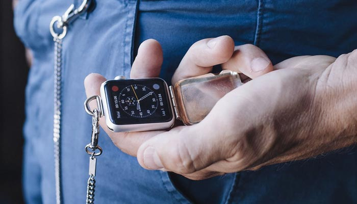 What is a Smart Pocket Watch?